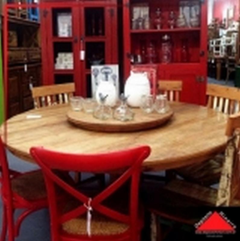 Mesa de Jantar Madeira Rústica Cidade Tiradentes - Mesa de Madeira Rústica Redonda