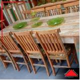 mesa de madeira de demolição redonda rústica