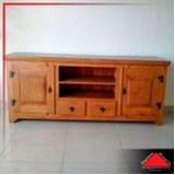 rack de madeira rústica